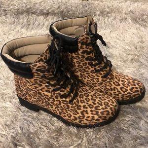 Shoes - Leopard print short boots